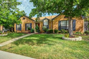 423 Kirkwood Drive Lewisville TX 75067