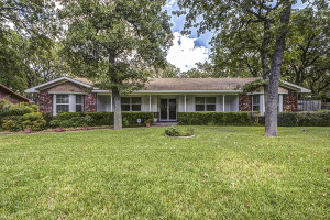 6413 Yorkshire Drive Fort Worth TX 76119
