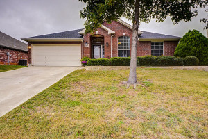 2613 Brandi Lane Corinth TX 76210