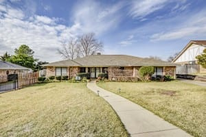 1020 Clearview Drive Bedford TX 76021